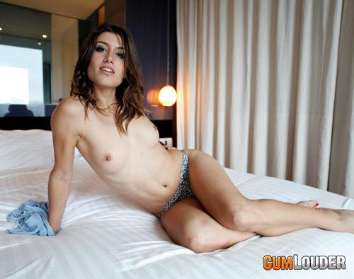 entrevista-julia-roca-posing (10)