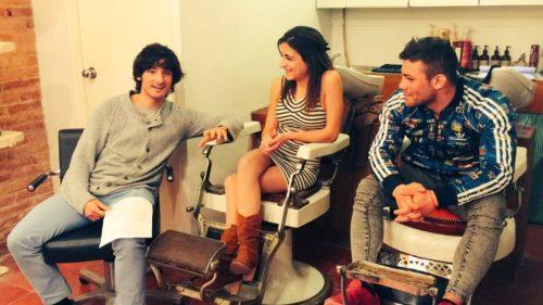 Making of del rodaje para Tetatita con el director Bel Gris y el actor Sasha a la derecha